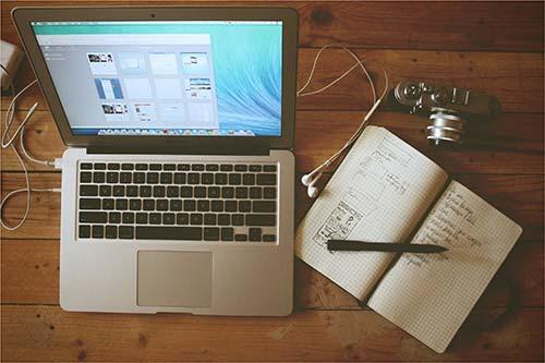 02-Cómo-un-diseñador-web-puede-encontrar-un-trabajo-que-le-encantará